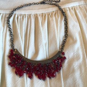 Jewelry - Red beaded necklace